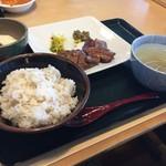 寿松庵 - 料理写真:牛タン定食