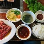 焼肉 白雲台 - 焼肉定食B