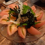 炭火焼鳥 戯屋 - 大根とトマトのサラダ
