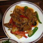 摩亜魯王洞 - 牛肉の炒め物