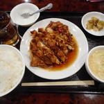 江南亭 - 揚げ鶏のネギソースかけ定食¥700-