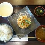 もりかけ庵 - 料理写真:めし・味噌汁・とろろ・桜エビのかき揚げ・薬味のセット