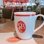 シアトルズベストコーヒー&ダイニング - チアガールのユニフォームを連想しちゃった!