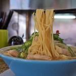 ラーメン藤 雄琴店 - 麺