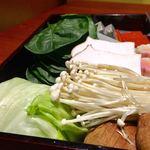 京都 瓢喜 - 【個室確約】高級感あふれる銀座で気軽にいただく!近江牛しゃぶしゃぶやお寿司で優雅な時間を ディナー お一人様6,534円  コースの野菜