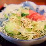 カフェ&スナック うめ - 【日替りランチ:煮込みハンバーグ定食@税込830円】サラダ