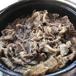 あさま - 豚のすき煮。ボリューム感も良好です。