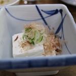 山田屋 - クリームチーズやっこ(250円)