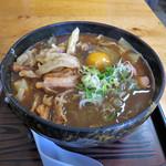 尾関屋 - 豚汁きしめんwithかき揚げ、生卵