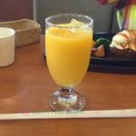 加里部 - 【本日の日替わりランチ(720円+税)】ドリンクはコーヒー・紅茶・ジュースから選べました。