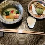亀の井別荘 - 料理写真: