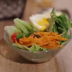 カタネカフェ - 朝のサラダ