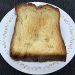 83338975 - トーストするとバターの香りが増して美味しい!!