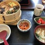 あだたら亭 - 料理写真:伊達鶏わっぱ飯