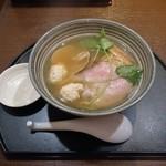中華そば 石黒 - 鯛と蛤の潮そば(ミニ鯛だし茶漬け付き)800円