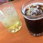 カレーの木 - アップルジュースとアイス珈琲