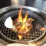 牛倭心伝 - 脂で火があがるテッチャン
