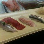 すしざんまい 渋谷東口店   - カウンターでお寿司