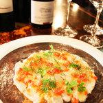 アクア ヴィーノ - 新鮮なお魚を使ったカルパッチョ