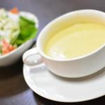 ゆう和 - セットのサラダとスープ