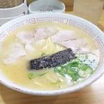 潘陽軒本店 - ラーメン600円