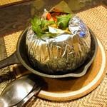 タイの食卓 パクチータイ - シーフードカレー炒め…税込1180円