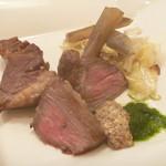 リストランテ ヴォナ フォルトゥーナ - イタリア産ホエー豚のロースト 粒マスタード添え (ハーフ)