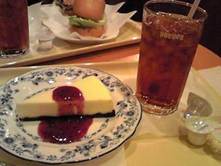 ドトールコーヒーショップ 飯能駅前店