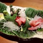 mon - 鮮魚おまかせ盛り2400円+税+α