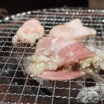 ホルモン本舗 昭和館 - タン