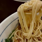 たかばしラーメン 京都東インター店 - 麺は並でも満足感のある量