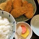 市場亭 - 料理写真:牡蠣フライ定食