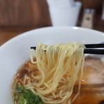 ジャパニーズスープヌードル 麺に恋いろ - 麺リフト~