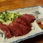 桜鍋 吉し多 - 桜肉の刺身