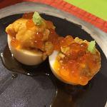 83392119 - ウニ・オン・ザ・煮卵