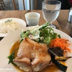 Cafe Sacai - パリパリの鶏のグリル