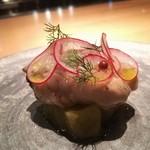 83393528 - 牡蠣 と ネギ    アサリの出汁の前菜