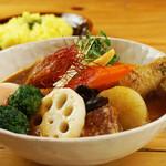 スープカレー トムトムキキル - メイン写真: