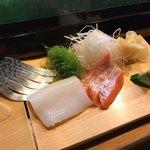 大和寿司 - しめ鯖、イカ、サーモン