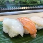 みわ寿司 - いか、サーモン、貝柱(2018.4.1)