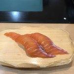 沼津魚がし鮨 流れ鮨 - 桜ます