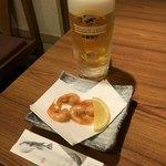 さえ丸おじさんの店 - 料理写真:生ビール&お通し