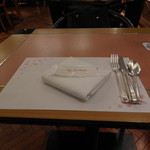 SATSUKI - テーブルです。