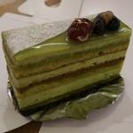 プティ・ポン・パティスリー - 料理写真:テ・ヴェール抹茶のオペラ