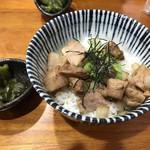 桐麺 - 豚丼