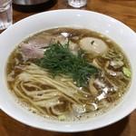 桐麺 - 鶏出汁しょうゆらーめ※味玉追加