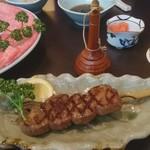 荒井屋 - 「牛串焼」750円