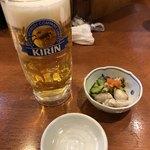寿司・おでん 瓢六 - ドリンク写真:生ビール&お通し