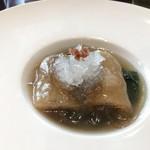 SESSION - キヌガサ茸のフカヒレ詰め