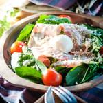 肉×ラクレットチーズ ツリーハウスダイナー -